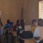 L'enseignant représente l'avenir de ces enfants.
