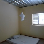 Une des chambres des enseignants.