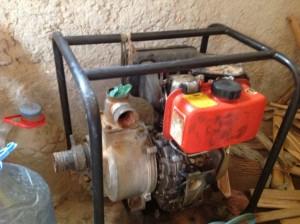 L'ancienne pompe qui, une fois réparée, servira de pompe de secours.